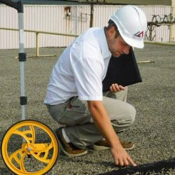 1. Worker performing a Free Inspection